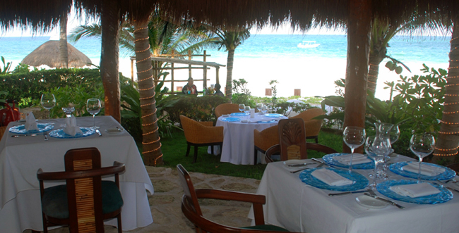Restaurant Pavo Real by the Sea